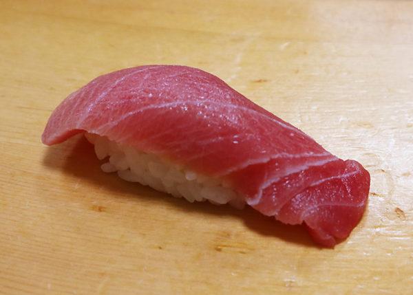 中トロ 寿司